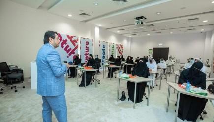 مدينة الشارقة للإعلام (شمس) تُنظم ورشة عمل لممثلي بلدية الشارقة حول تعزيز استخدام منصات التواصل الاجتماعي